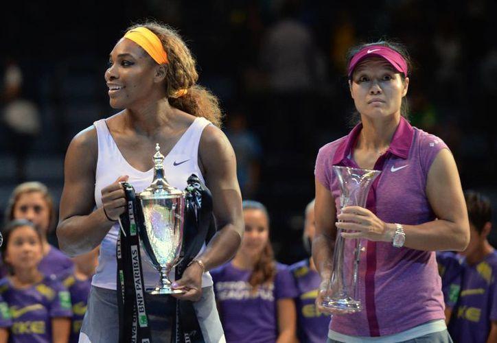 Serena (i) aventaja a Na Li por más del doble de puntos, según la WTA. (Agencias)