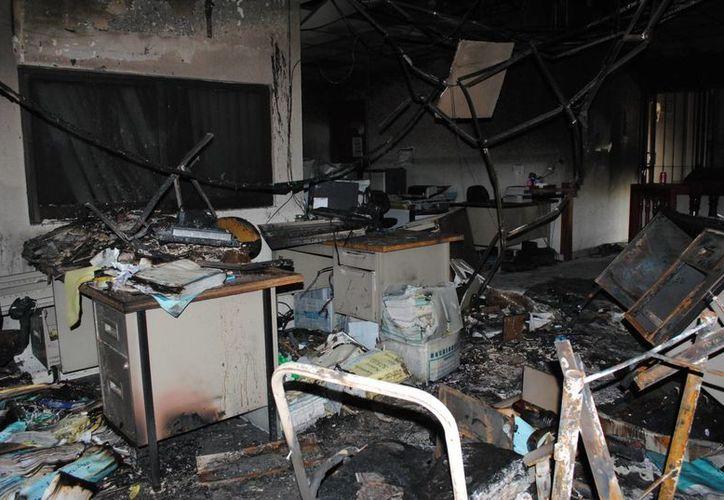 Los daños al inmueble, mobiliario y equipo de computo de los juzgados, fue ocasionados por los reos de la cárcel de Cancún. (Eric Galindo/SIPSE)