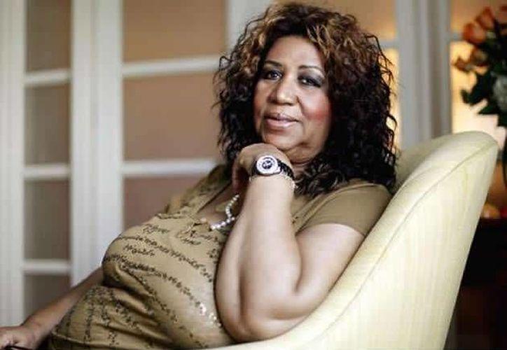Aretha Franklin, considerada la Reina del Soul, podría demandar a un excolaborador suyo porque la 'difamó' en una biografía. (foto tomada de ansalatina.com)