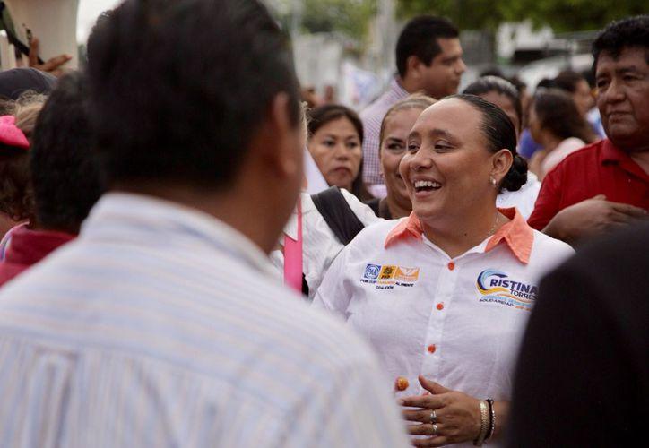 La candidata se comprometió con los jóvenes a reforzar la vinculación laboral con empresas locales.