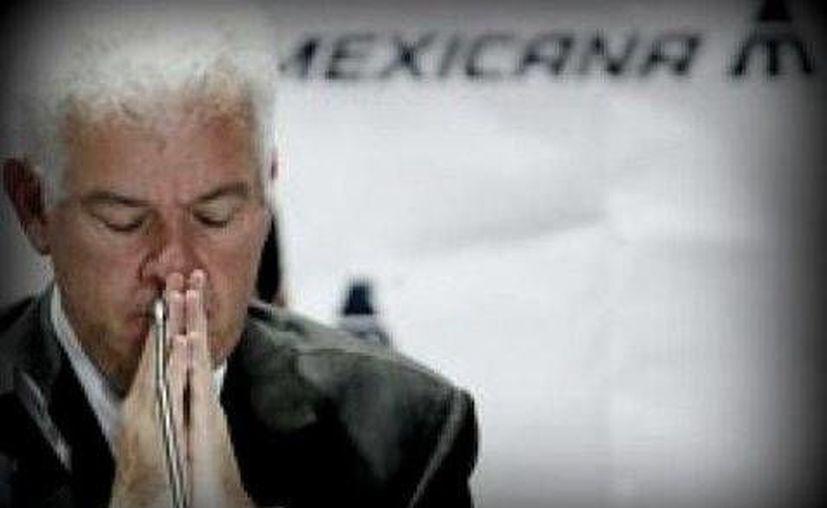 Gastón Azcárraga no avisó a tiempo a la CNV sobre la situación real en la que estaba Mexicana. (Foto especial/Milenio)