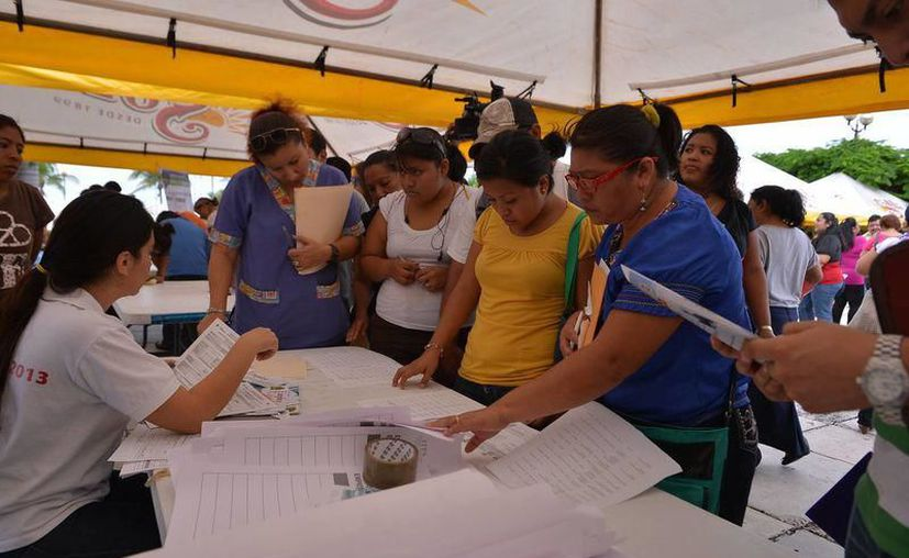 Ayer se realizó en Chetumal la Sexta Feria Nacional del Empleo y la primera Feria de Empleo para Mujeres. (SIPSE)