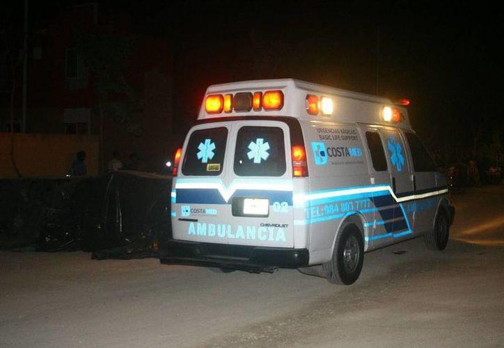 Los paramédicos limpiaron la herida y después se marcharon. (Redacción/SIPSE)