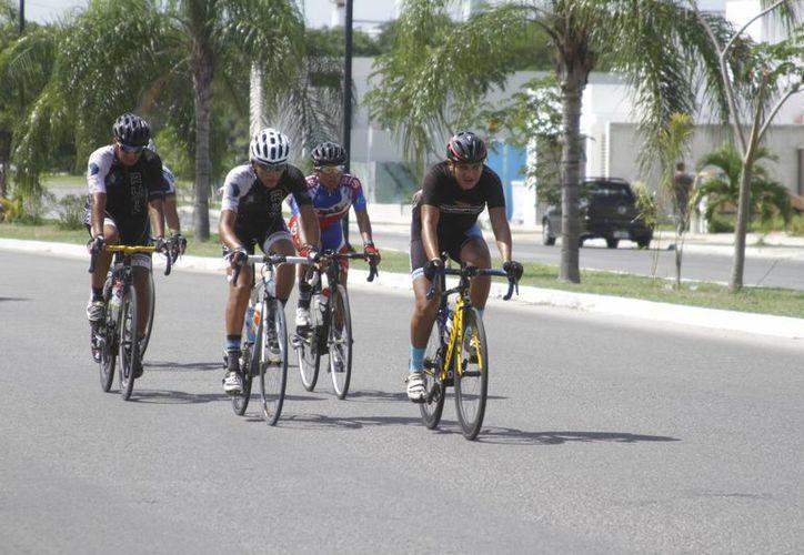 La carrera constó de 4 etapas.  Donizzete Vázquez fue el mejor yucateco en la competencia. (Milenio Novedades)