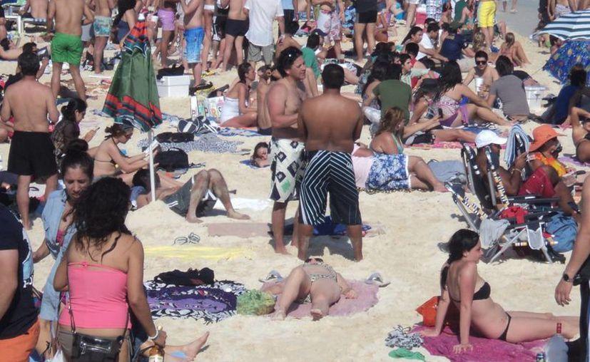 Empresarios y  autoridades trabajan en conjunto para garantizar la seguridad de los turistas. (Adrián Barreto/SIPSE)