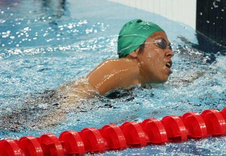 La nadadora morelense terminó la competición con tres preseas doradas en diferentes categorías. (Redacción/SIPSE)