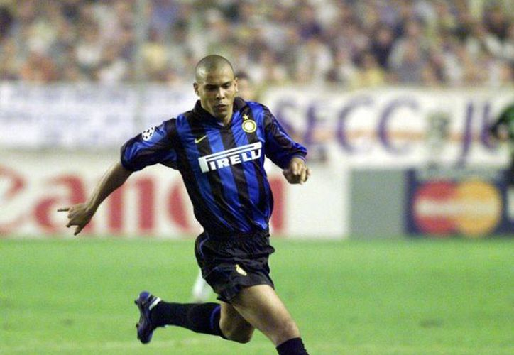 El brasileño Ronaldo Nazario da Lima estará en la ceremonia de su propia Investidura del Salón de la Fama en Pachuca. (marca.com)