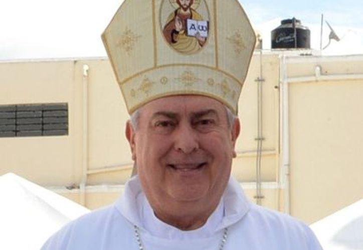 Monseñor Berlie Belaunzarán reconoció la labor de Grupo SIPSE para dar alegría a niños desprotegidos. (SIPSE)