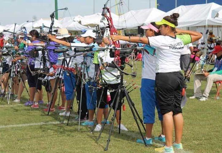 La delegación yucateca consiguió 279 medallas en la pasada edición de la Olimpíada Nacional en Monterrey, Nuevo León. (Sipse.com)