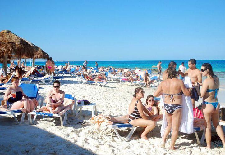 Mayoristas ucranianos han mostrado interés en traer turismo a Cancún. (Archivo/SIPSE)