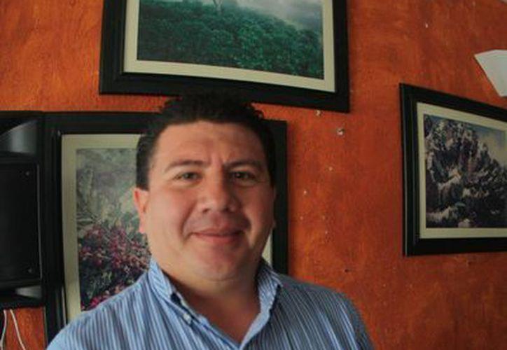 Víctor Manuel Sosa Santoyo, presidente de la Comisión de Mejoría Regulatoria, dijo que la digitalización es una prioridad . (Loana Segovia/SIPSE)