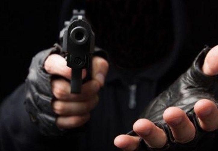 Los robos con violencia han crecido en más de 50 mil casos en un año. (Contexto/Internet).