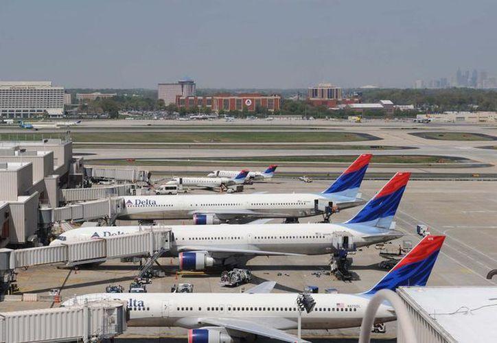 La cancelación de vuelos estaba relacionada con fuertes tormentas eléctricas. (Redacción/ SIPSE)
