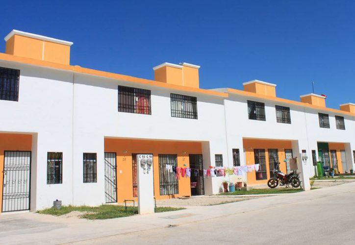 Buscan tener un mejor ordenamiento de casas, para no complicar el acceso a los servicios públicos. (Foto: Eddy Bonilla/ SIPSE)