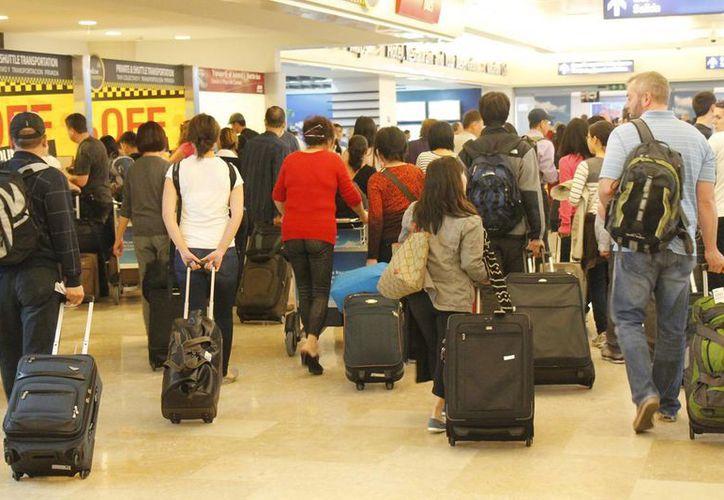 Informan que no hay afectaciones en los pasajeros porque las empresas protegen a los usuarios. (Jesús Tijerina/SIPSE)