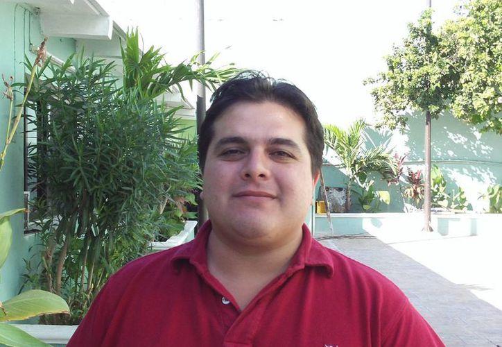 El director de Transporte de Progreso, Levi Rodrigo Villanueva Dib, dijo que es muy satisfactorio alcanzar estos porcentajes de cumplimiento a las pruebas antidoping por parte de los choferes.  (Manuel Pool/SIPSE)
