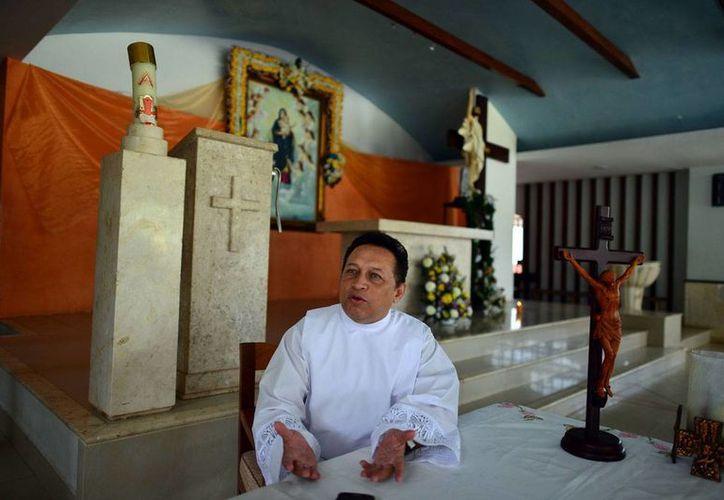 El Pbro. MIguel Medina Oramas, organizador del Congreso Carismático. (Milenio Novedades)