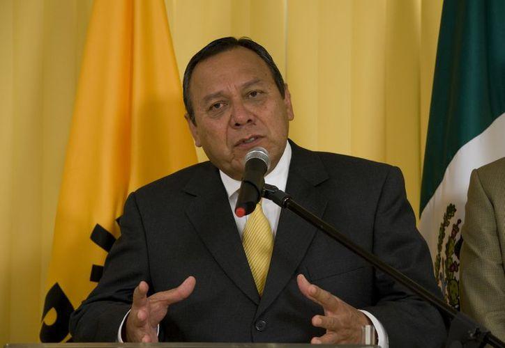 Jesús Zambrano, dirigente nacional del PRD, envió un saludo a Morena. (Archivo Notimex)