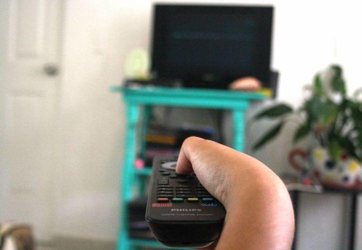 Los televisores analógicos quedarán obsoletos este año con el 'apagón analógico'. (Octavio Martínez/SIPSE)
