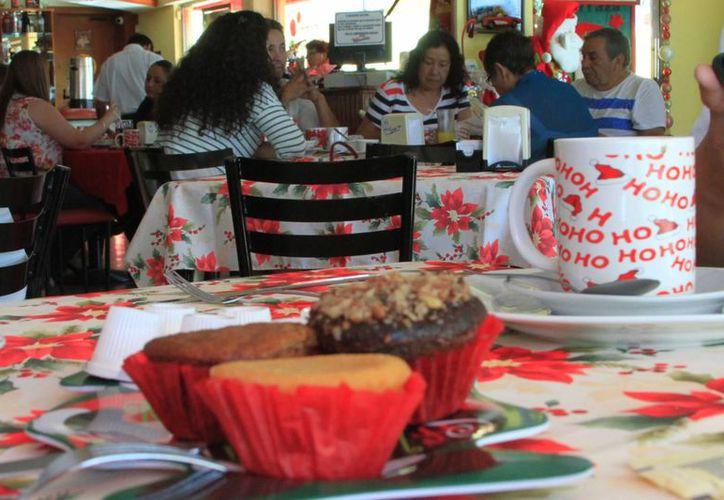 En Chetumal, a principio de año había un padrón de 420 negocios que se dedican a la venta y manejo de alimentos. (Ángel Castilla/SIPSE)