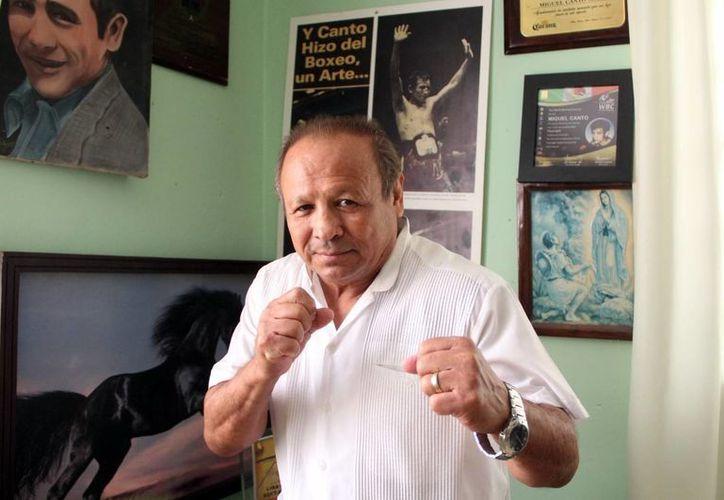 Miguel Ángel Canto Solís ha sido reconocido por su trayectoria en el box. (José Acosta/SIPSE)