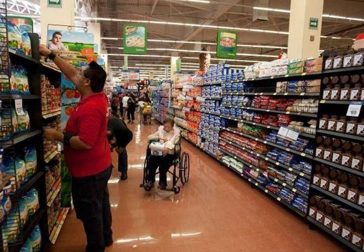 La cadena de supermercado Walmart anunció que invertirá más de 600 mdp para construir un centro de distribución en Yucatán. (Archivo/SIPSE)