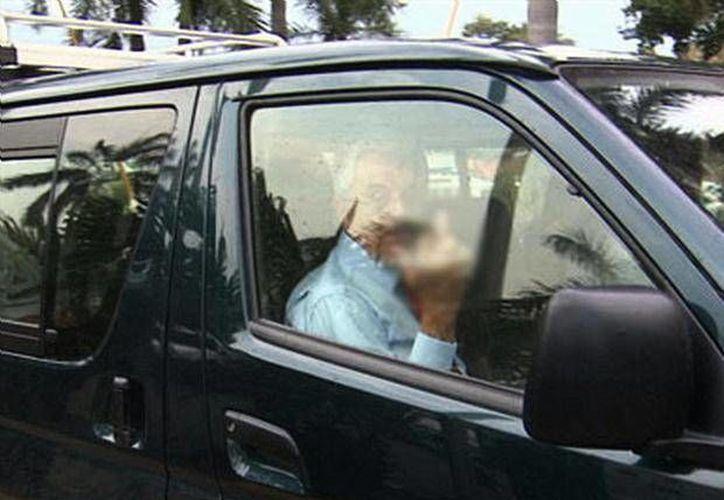 Compeán asegura que sólo trataba de saludar, pero tiene un dedo roto. (www.foxportsla.com/Archivo)
