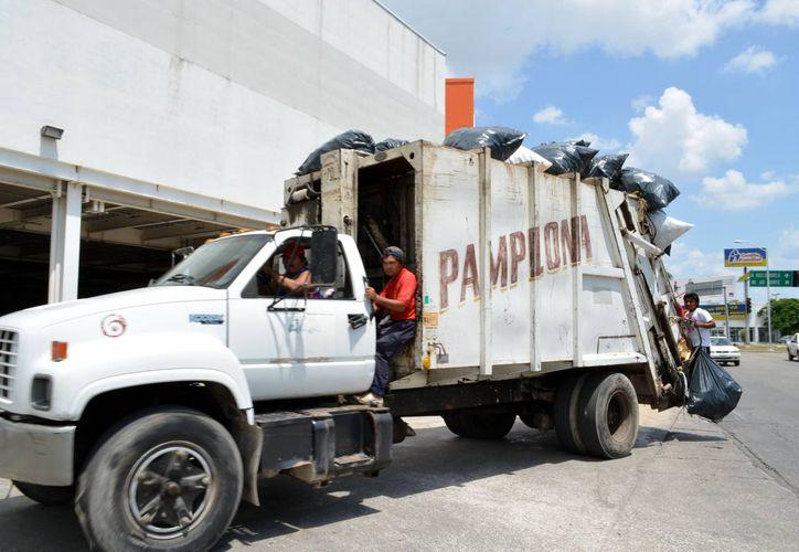 Pamplona espera 'jubilar' en 2015 varios camiones con más de 10 años de antigüedad. (Milenio Novedades)