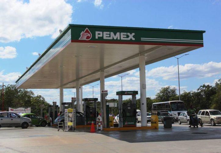 La venta de Premium continuó con normalidad en las estaciones. (Foto: Octavio Martínez/SIPSE)