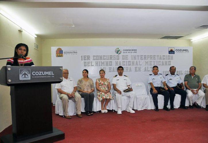 """El evento tuvo lugar en el auditorio del Sindicato de Taxistas """"Adolfo López Mateos"""". (Cortesía/SIPSE)"""