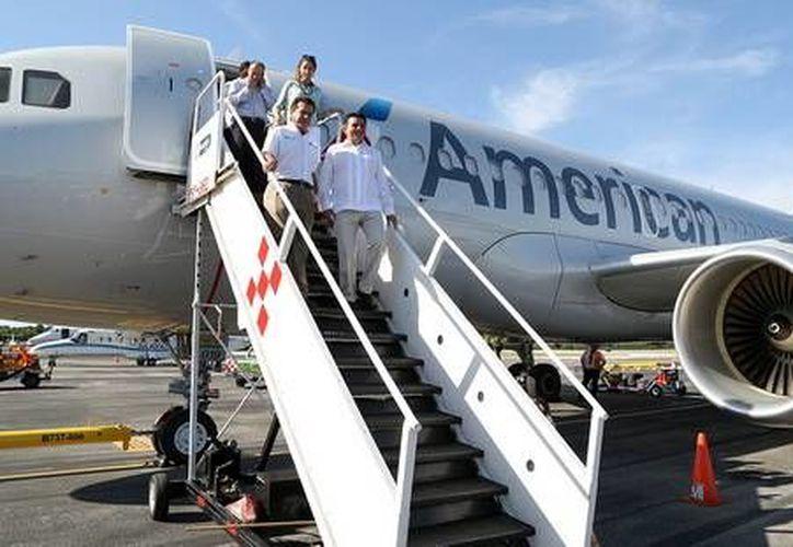 Hoy quedó oficialmente reinaugurado el vuelo Miami-Cozumel.  (Redacción/SIPSE)