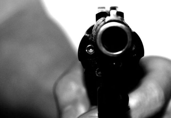 El militar se encontraba revisando su arma de cargo, cuando se le disparó. (Foto: Contexto/Internet)