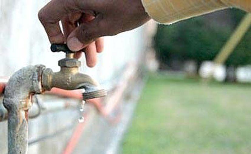 Aguakan recomienda almacenar agua durante los días previos al corte para cubrir sus necesidades. (Contexto/Internet)