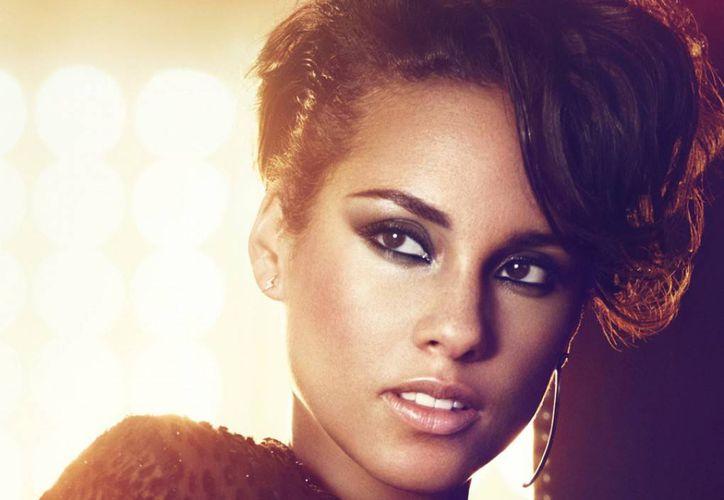 Alicia Keys, quien ya tenía un hijo de 4 años llamado Egypt Daoud, se convirtió en madre nuevamente. (tbcmagazine.com)