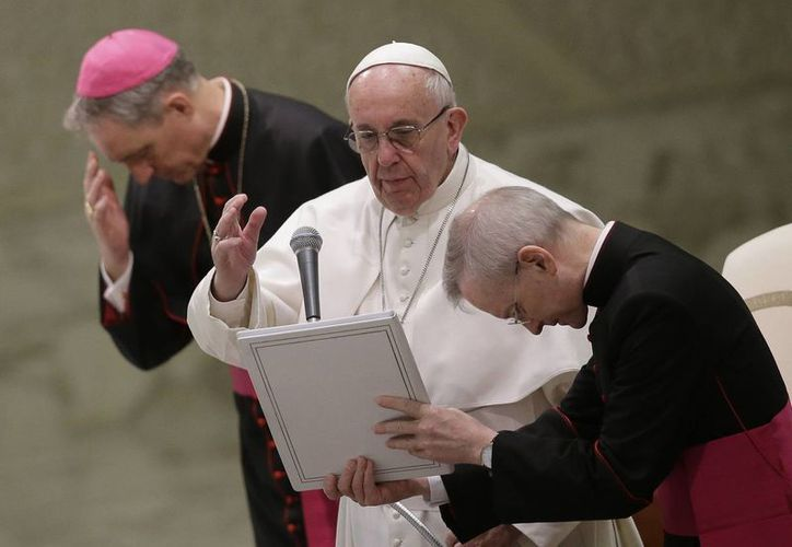 El papa Francisco pidió a Dios que preserve a la humanidad de los celos y la envidia. (AP)