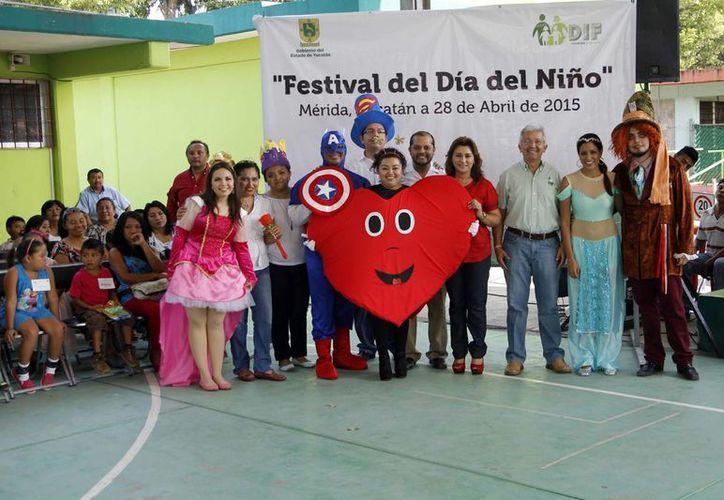 Imagen de los asistentes al festejo del Día del Niño en las instalaciones del Centro de Rehabilitación y Educación Especial. (Milenio Novedades)