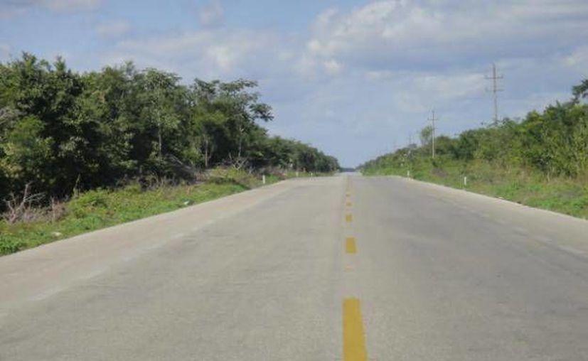 El ayuntamiento verificará que la nueva carretera cumpla con todos los trámites municipales.  (Foto de contexto/SIPSE)
