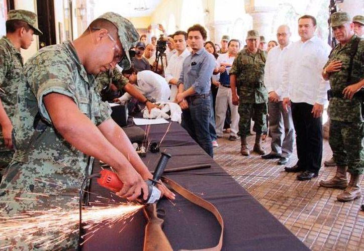 Las autoridades calificaron como 'un éxito' la campaña de canje de armas. En total, se recolectaron 47 y se registraron 22. (Oficial)