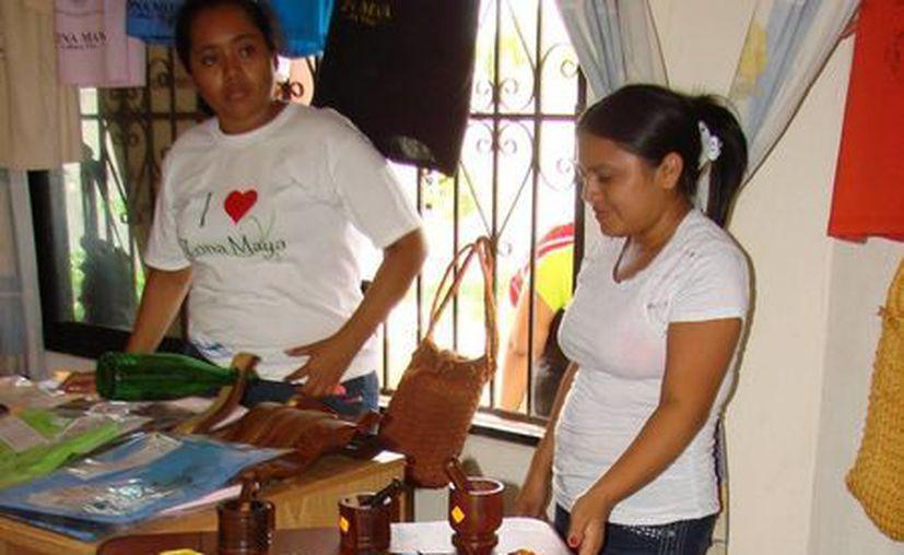 Los productos orgánicos son una de las líneas de trabajo en esa agrupación. (Manuel Salazar/SIPSE)