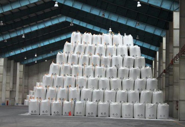 A finales de octubre se cotizó el bulto de azúcar de 50 kilogramos en 486 pesos. (Edgardo Rodríguez/SIPSE)