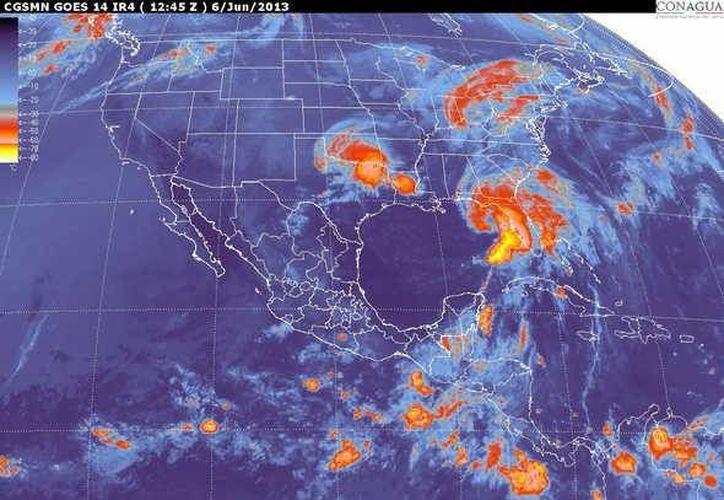 Imagen de satélite donde se ve el paso de la tormenta tropical (smn.conagua.gob.mx)