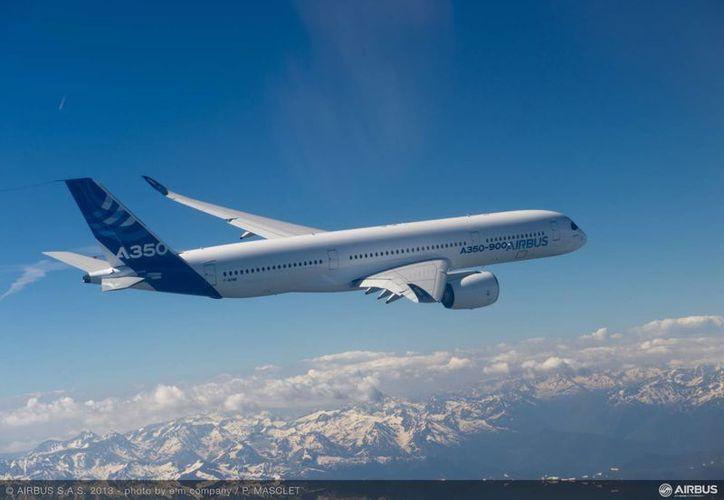El A350 tiene una autonomía de 15 mil kilómetros.