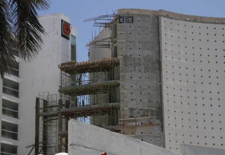 La industria de la construcción tuvo una inversión de con 15.8 millones. (Ángel Castilla/SIPSE)