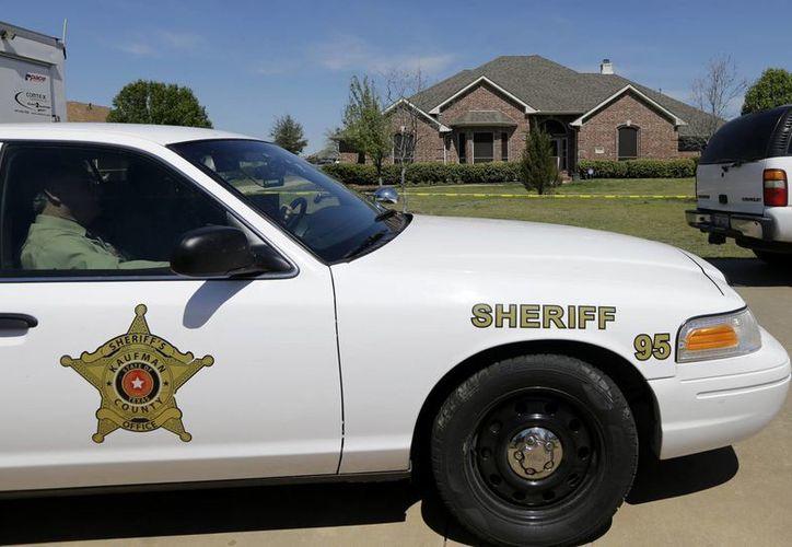 """En las pesquisas también participan agentes de los """"Texas Rangers"""", el cuerpo élite de la policía estatal, del FBI y del Servicio del Alguacil de Estados Unidos. (Agencias)"""