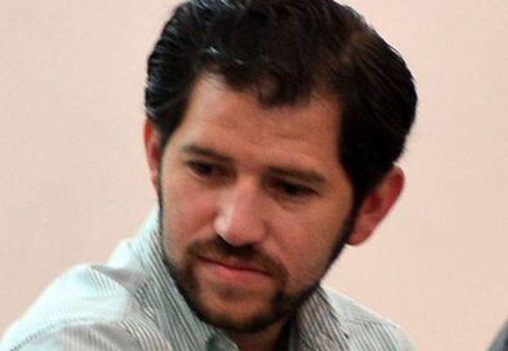 Hernán Patrón Ancona, presindente de la Comisión de los Jóvenes de la Coparmex, informa que organizan una reunión mensual de emprendedores con empresarios para compartir experiencias. (Milenio Novedades)