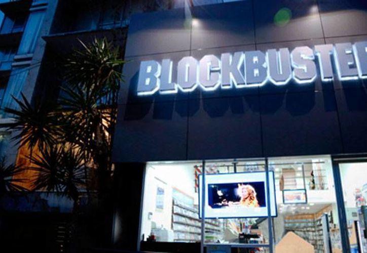 La marca Blockbuster desaparecerá paulatinamente de México, y será sustituida por un nuevo concepto llamado B-Store. (blockbuster.com.mx)
