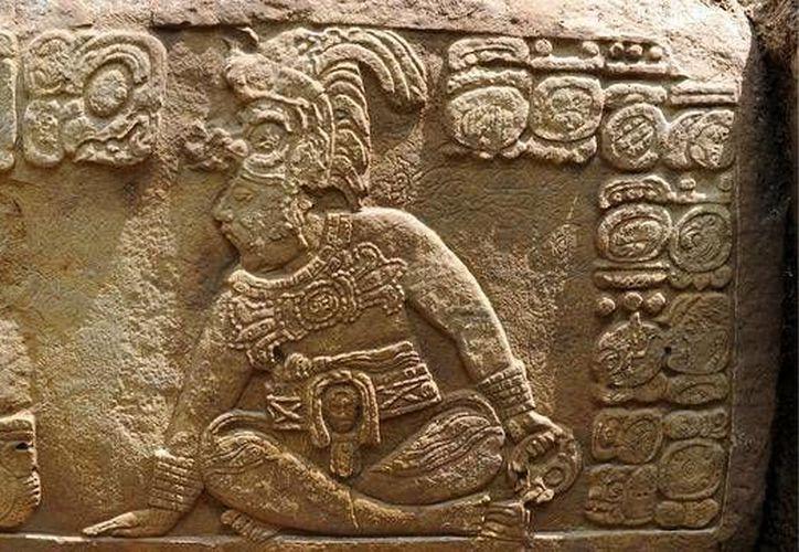 Los mayas eran grandes talladores, tanto en piedra como en madera y otros materiales como la obsidiana. (abc.es)