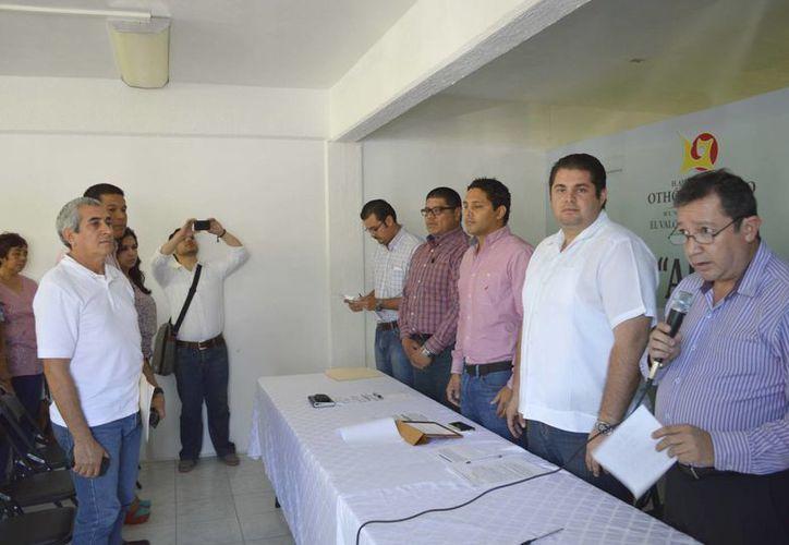 En el evento de instalación del subcomité participaron funcionarios municipales. (Cortesía/SIPSE)