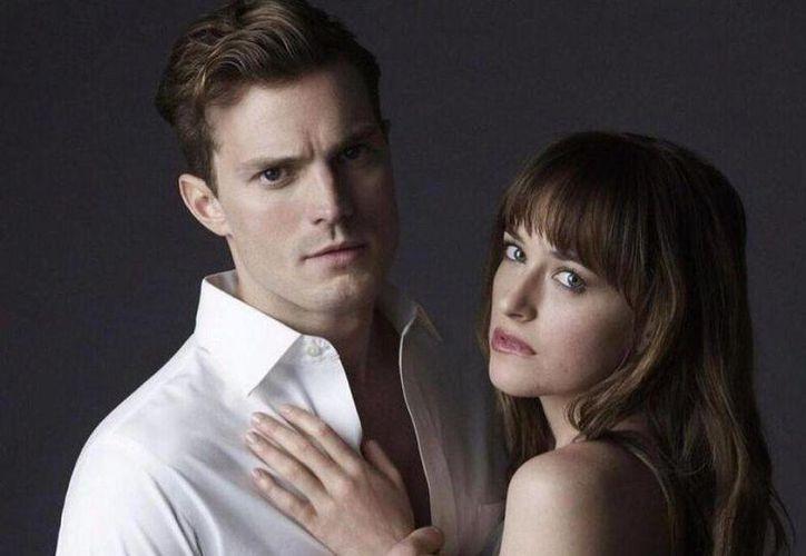 El reparto de actores y técnicos de la saga cinematográfica 'Cincuenta sombras de Grey' se encuentra en Francia para el rodaje de la segunda parte de la cinta, la cual se espera estrenarse en 2017. (Milenio Digital)