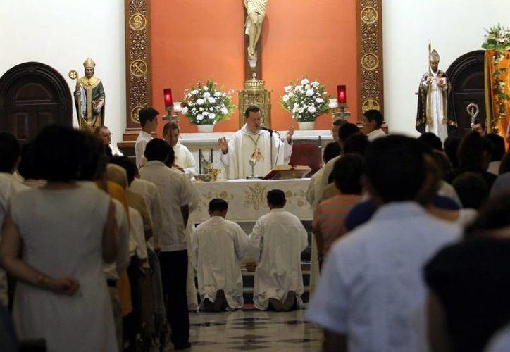 La celebración eucarística se efectuó en la capilla del Seminario; dedican oraciones al Sínodo de la Familia. (Milenio Novedades)